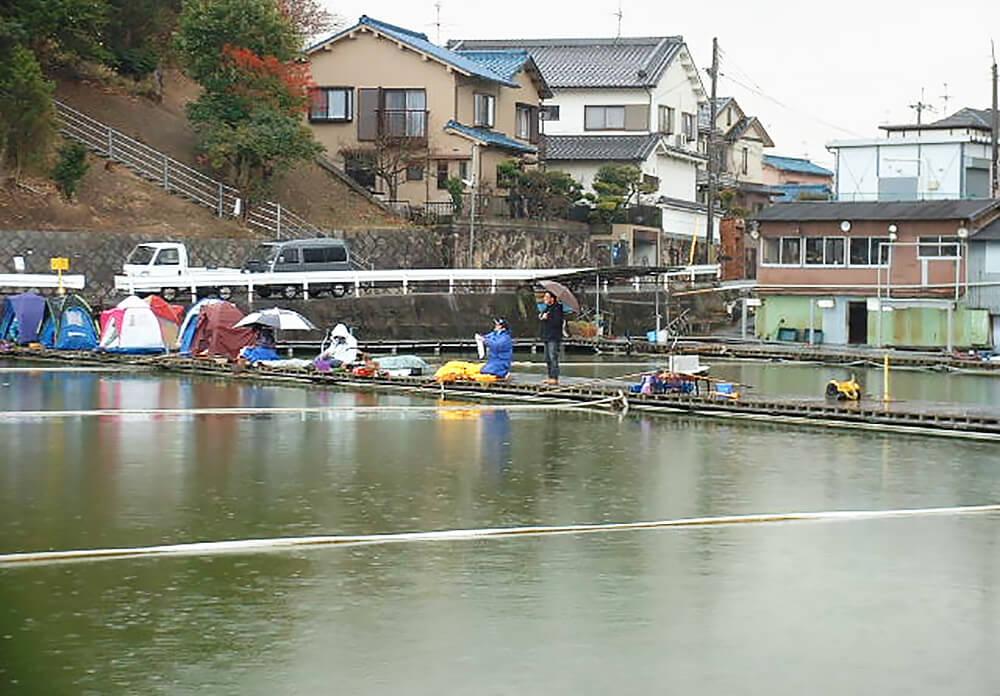 竜田川釣り池